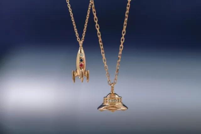 デザイナーが細部までこだわり抜いた アダムスキー型UFOネックレスがオレフィーチェから新登場