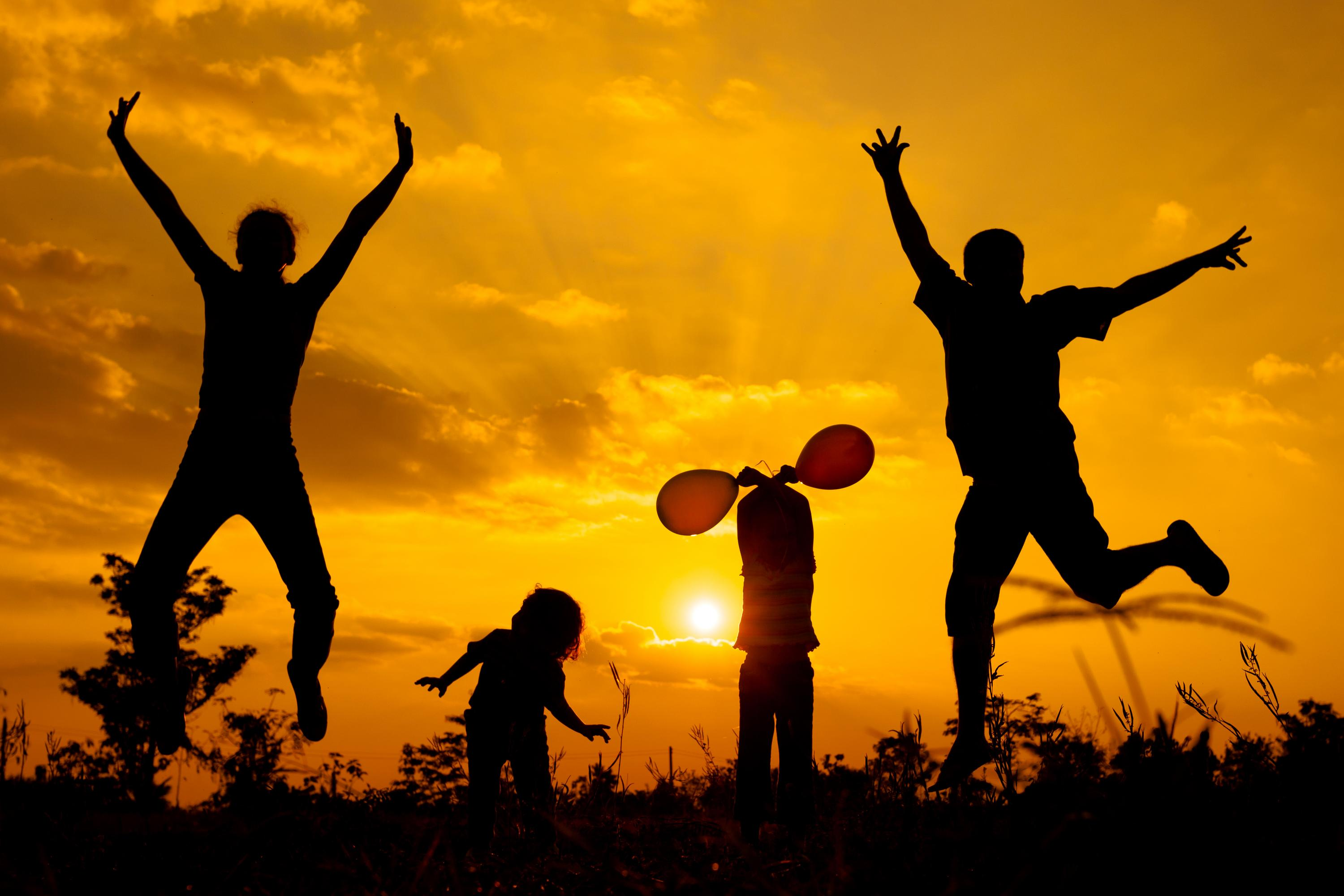 4 Traits Of Happy Families