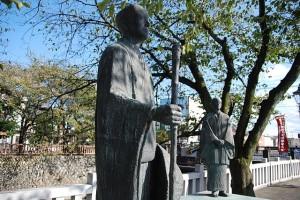 """""""Basho in Ogaki"""" by Kichiverde - Own work. Licensed under Public Domain via Commons - https://commons.wikimedia.org/wiki/File:Basho_in_Ogaki.JPG#/media/File:Basho_in_Ogaki.JPG"""