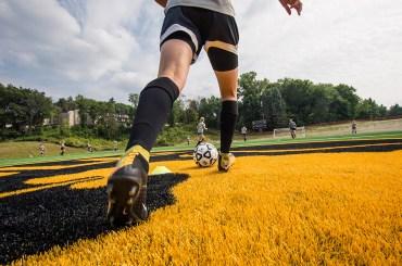 SoccerTurfCloseUp4-3