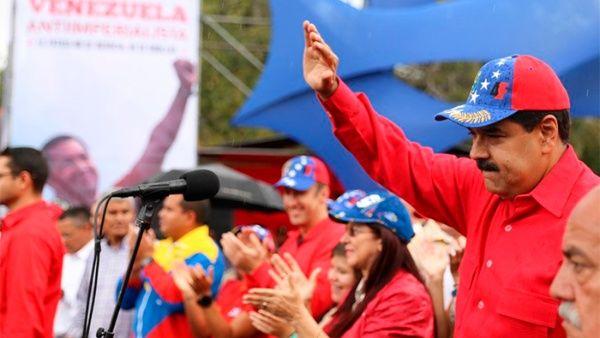 El pueblo venezolano expresa su rechazo a cualquier injerencia extranjera y ataques a la patria.