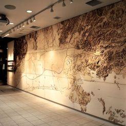 大型積層地図製作 (木板レーザー加工)