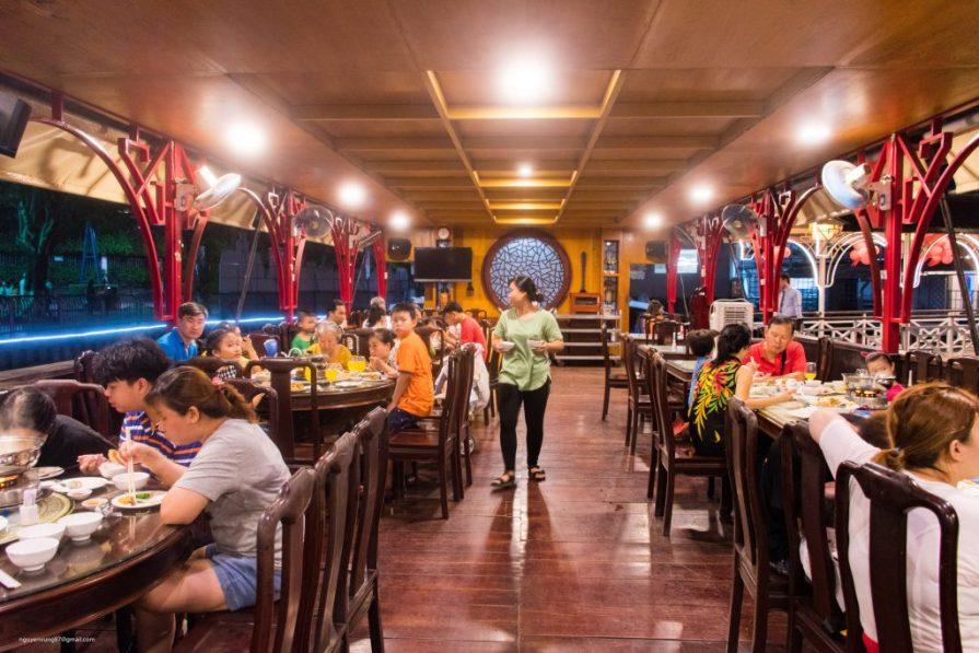 Không gian thưởng thức Buffet Đầm Sen