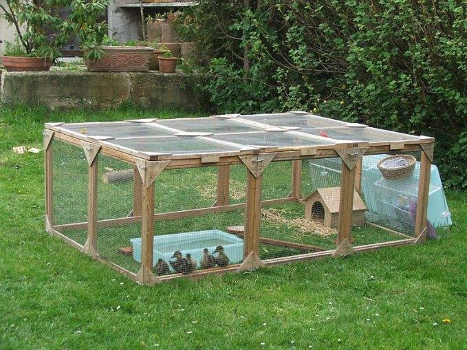 Ein Auslauf im Garten für junge Stockenten, auch verletzte Altvögel können darin gegebenenfalls untergebracht werden, © Dagmar Offermann