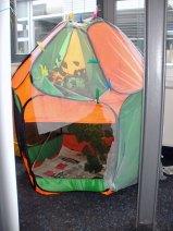 In einem Bällehaus oder Bällebad finden beispielsweise kleine Meisenschwärme Platz, © Monika Löffler-Friedrich