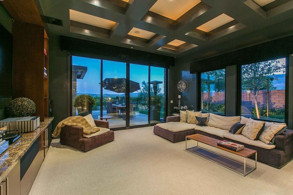 Penn Jillette Paid 33M And Voila This Las Vegas Mansion Is His