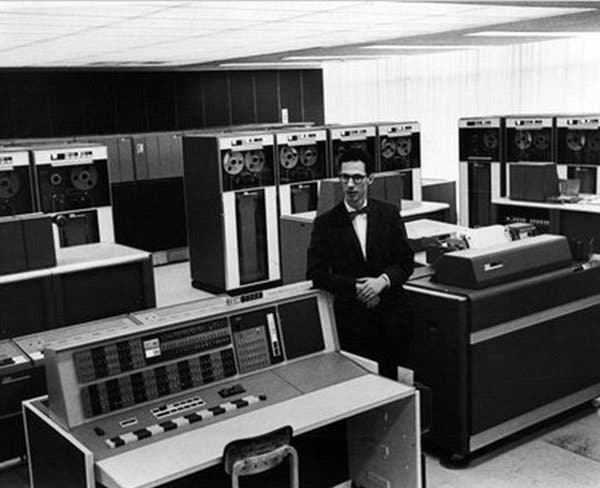 Fernando Corbató at M.I.T.'s computer lab in an undated photo. His computer time-sharing system developed there paved the way for the personal computer.