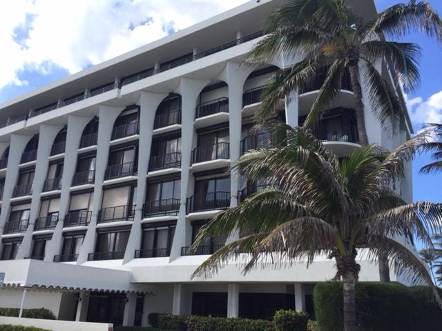 Dunster House Palm Beach condos