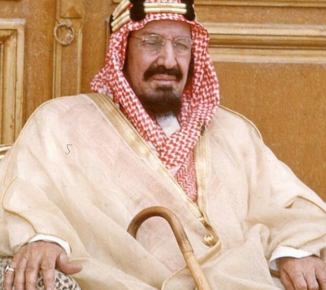 صور ملوك المملكة العربية السعودية منذ الملك المؤسس حتى اليوم