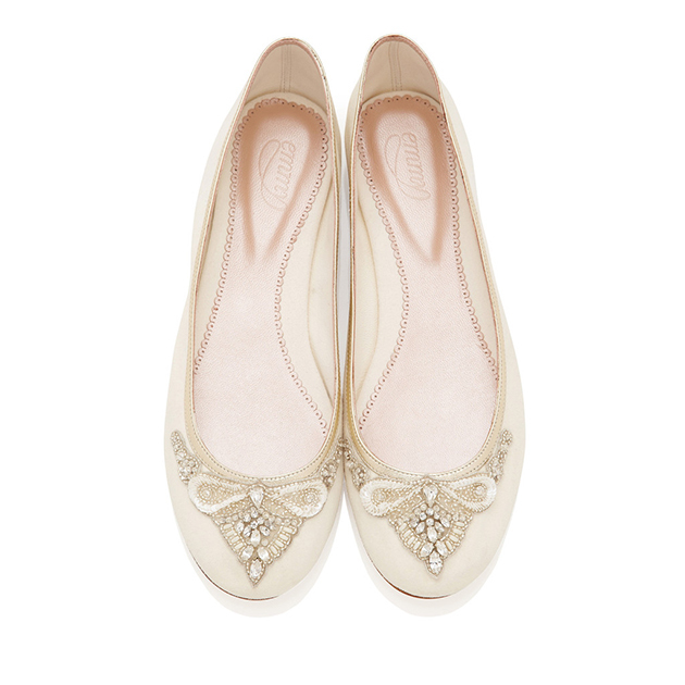 9c0088d6791b Six Reasons To Wear Flat Shoes On Your Wedding Day - Scottish ...