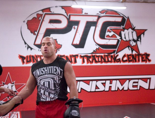 Huntington Beach Mayor Pro Tem Tito Ortiz filed for unemployment even as city checks kept coming – East Bay Times