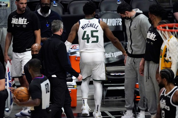 Clippers converge on Donovan Mitchell as Jazz's injury concerns grow