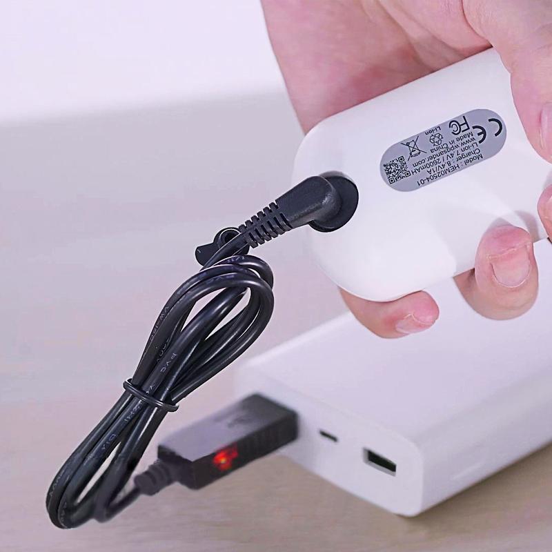 USB充電器_用行動充充電