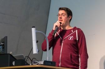Taco Verdonschot speaking at WordCamp London 2016-4017