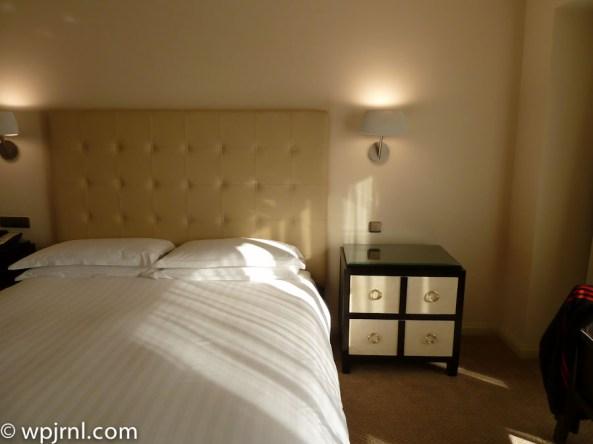 Grand Hyatt Santiago Executive Suite Terrace Bedroom