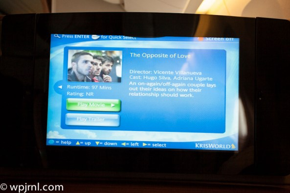 Singapore Airlines First Class SQ211 SIN-SYD Boeing 777-300 (773) - Movies