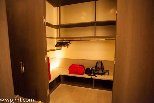 Park Hyatt Shanghai Diplomatic Suite - walking closet