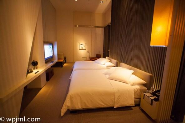 Park Hyatt Shanghai Diplomatic Suite - bedroom