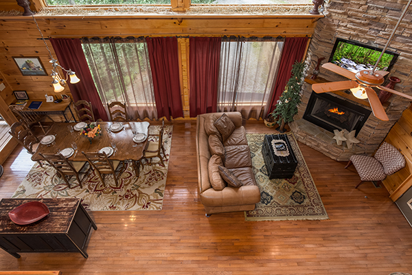 Laid Back - a rental cabin in Pigeon Forge, TN