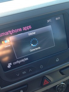 carplay-qnx-antigo-conectando