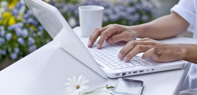 Home-Based-Business-Ideas-for-Women-Over-60-670×325