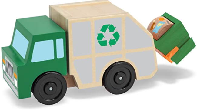 £D view of the Melissa and Doug wooden garbage truck toy.