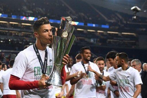 أغنى 10 لاعبين لكرة القدم في العام 2019 صور