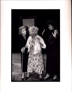 Lizan Mitchell, Rosanna Carter, and La Tanya Richardson in MA ROSE (1988-89)