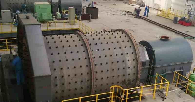 Grinding mill clutches