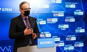 """Niedzielski: """"Istnieje prawdopodobieństwo czwartej fali pandemii"""". Padła data"""