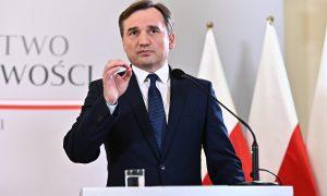 """Ziobro: """"Obecność w Unii Europejskiej nie za wszelką cenę"""""""