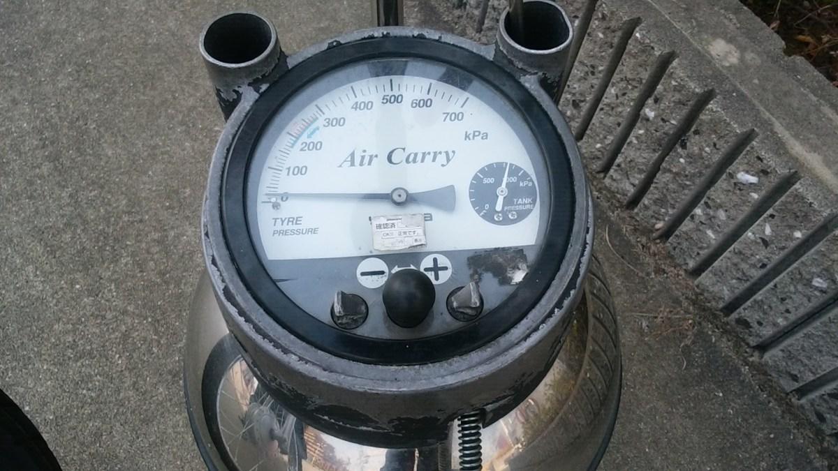 バイクのタイヤの空気はガソリンスタンドで簡単に入れることができる!