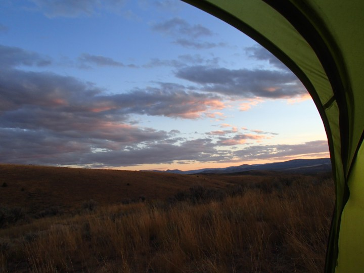 Follow by a lovely sunset, a good view from our tent