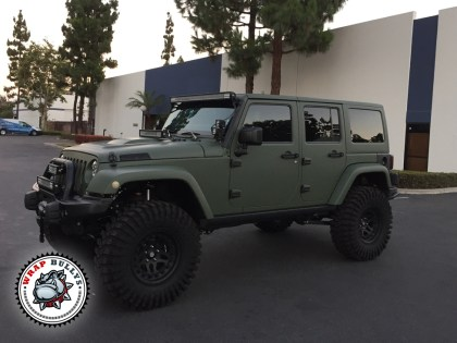 Jeep wrapped in 3M Matte Army Green