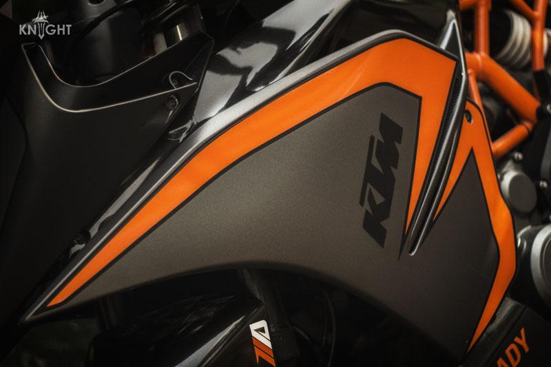 KTM RC 390 Motorcycle Wrap | Wrapfolio
