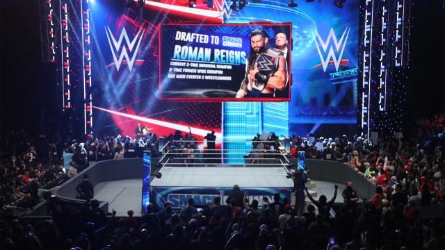 Roman Reigns draftado no SmackDown
