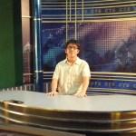 來去華視上主播台