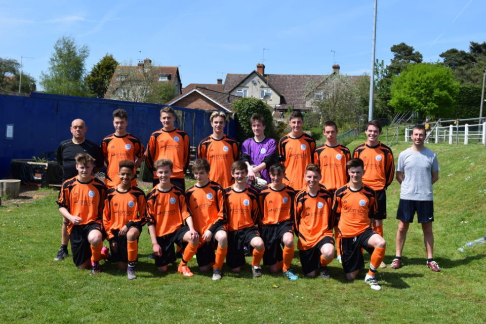 The Players With Manager Binny (LHS) and Fitness Coach Rob (RHS)
