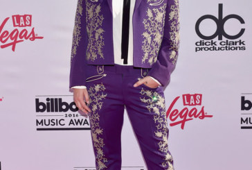 "Kesha Got a Standing Ovation and Madonna and Stevie Wonder Paid Tribute to Prince at the ""Billboard Music Awards"""