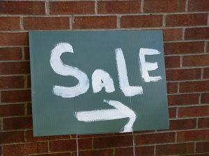 yard-sale-4-1220536-1280x960