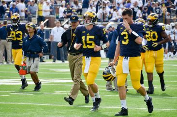 jim_harbaugh_jake_rudock_and_wilton_speight_in_2015