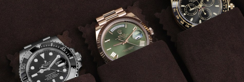 Should you have Gold or Steel watch?