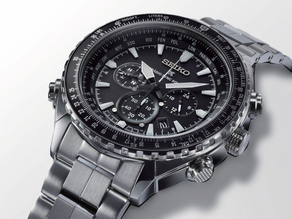 Seiko-Prospex-Radio-Sync-Solar-World-Time-Chronograph-SSG001