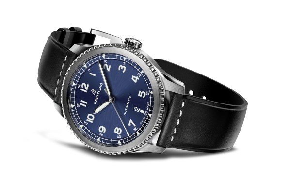 Breitling-Navitimer-8-Automatic-2