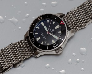 Revolution Watch Company Diver on Mesh
