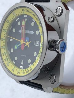 chtung Time Classic Yellow