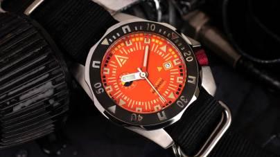 2-wt-author-no-1973-orange-hero-1-close-up