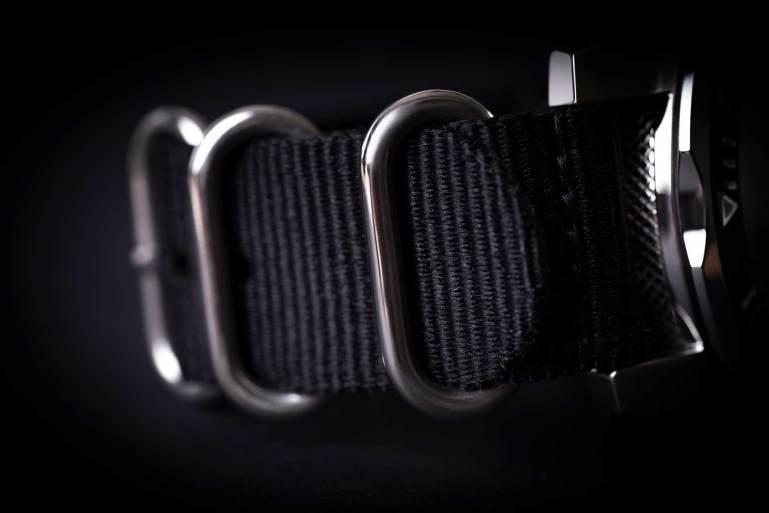 3-wt-author-no-1973-black-nato-strap-detail