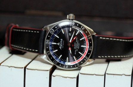 Alpina-GMT-4-Business-Hours-19