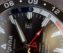 Alpina-GMT-4-Business-Hours-8
